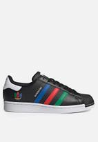adidas Originals - Superstar - core black/green/ftwr white