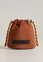 MANGO - Eli cosmetic bag - medium orange