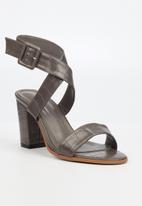 Butterfly Feet - Tango heel - grey