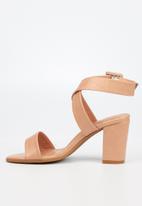 Butterfly Feet - Tango heel - pink