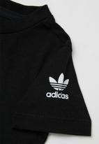 adidas Originals - 3d trefoil tee - black