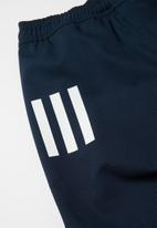 adidas Performance - Boys 3 stripe shorts - conavy/white
