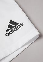 adidas Performance - Boys 3 stripe shorts - white & black