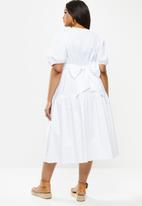 MILLA - Poplin wrap dress - white
