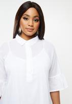 AMANDA LAIRD CHERRY - Plus nhlole dress - white