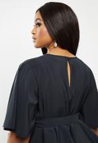 AMANDA LAIRD CHERRY - Plus zilondi dress - black