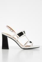 Footwork - Bass heel - white