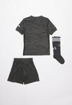 adidas Performance - Manchester United away mini kit - legacy green / black