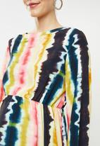 Glamorous - Maternity Tie dye long sleeve midi - multi