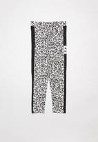 PUMA - Classics graphics leggings - grey