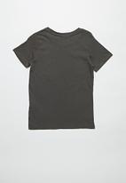 Cotton On - Short sleeve license1 tee - lcn mar guardians/iron grey
