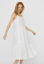Vero Moda - Halo singlet calf dress - white