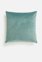 Grey Gardens - Magical cushion cover - reef