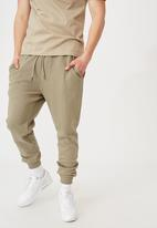 Factorie - Basic track pant - old moss