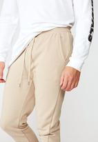 Factorie - Basic track pant - oxford tan