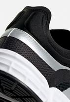 adidas Originals - Soko w - core black/ftwr white/silver met.
