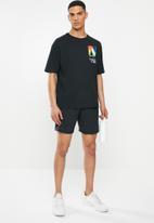 New Balance  - Tenacity 7-inch short - black