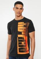 Replay - Black orange printed tee - black & orange