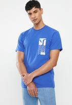 Vans - Dimensions short sleeve tee - royal blue