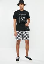 Vans - Range short 18  - white & Black