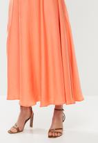 MILLA - Satin circle skirt - orange