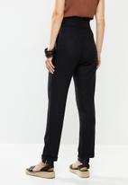 edit - Linen Paperbag pant - black