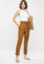 edit - Linen Paperbag pant - brown