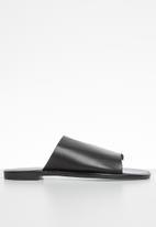 Superbalist - Liana vinyl sandal - black