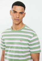 Levi's® - Short sleeve classic hm civil stripe tee - multi