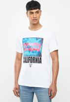 Levi's® - Short sleeve graphic brand 83 T-shirt - white