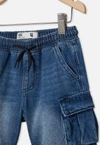 Cotton On - Charlie cargo short - infinity mid blue wash
