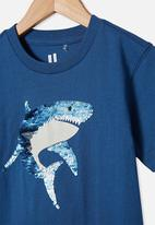 Cotton On - Downtown short sleeve tee - petty blue sequin shark