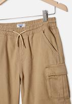 Free by Cotton On - Charlie cargo shorts - washed stone