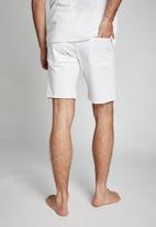 Cotton On - Straight short - white