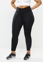 Nike - Yoga core cln cutout 7/8 tight - black
