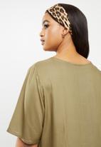 JUNAROSE - Maika 2/4 sleeve dress -covert green