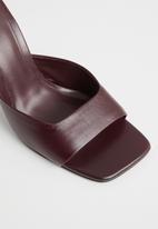 MANGO - Lute leather heel - dark red