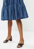AMANDA LAIRD CHERRY - Nhlole dress - navy