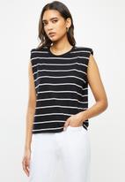 MANGO - T- shirt hombro - black & white