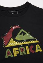 Quiksilver - Africa tribal youth - black