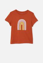 Free by Cotton On - Girls classic short sleeve tee - roasted almond