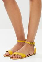 Superbalist - Gean leather ankle strap sandal - yellow