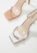 Public Desire - Heartbreak diamante strappy heel - silver