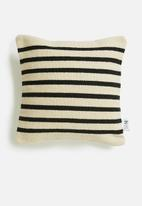 Sixth Floor - Jasp cushion cover - black & cream