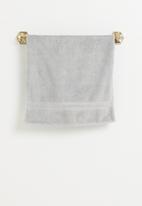 "Sixth Floor - Towel rail 18"" - gold"