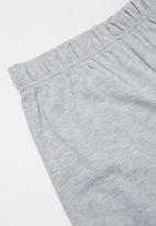 Rebel Republic - Shorts and tee pj set - black & grey