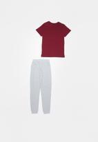 Rebel Republic - Tee & pants pj set - burgundy & grey