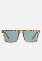 Superbalist - Cruz wayferer sunglasses - brown