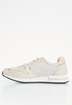 POLO - Everly patent sneaker - stone