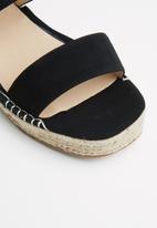 Madison® - Piper wedge - black